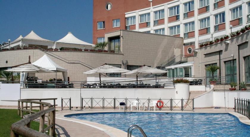 Hotel Roma Aurelia Antica.jpg